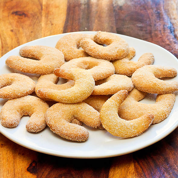 German Crescent Cookies done
